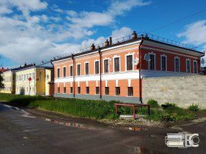 Володарского, 12